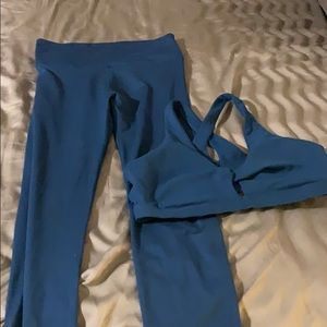 EUC Fabletics 2 piece workout set